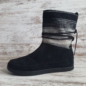 TOMS Black Suede Nepal Boots